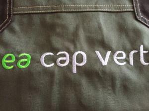 ae-cap-vert